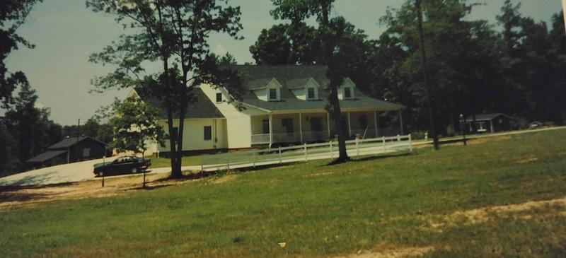 The Living Estate Sale of Don & Lanira Holmes Barnesville, Ga