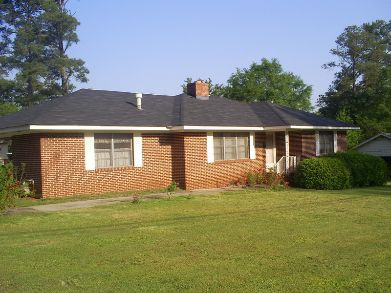 The Estate Sale Of Martha Meeks<br /> 608 Brookwood Drive-Thomaston