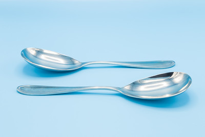 "HAMPTON SILVERSMITHS - 18/10 STAINLESS KOREA 4 - LARGE SERVING SPOON           ""ERIN"" PATTERN - 2 PIECES - 2 3/4"" W X 113/4"" L"
