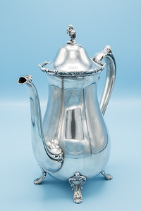 "ROGERS BROS. - SILVER PLATE - 9201 COFFEE POT - 9"" W X 10 1/4"" H"