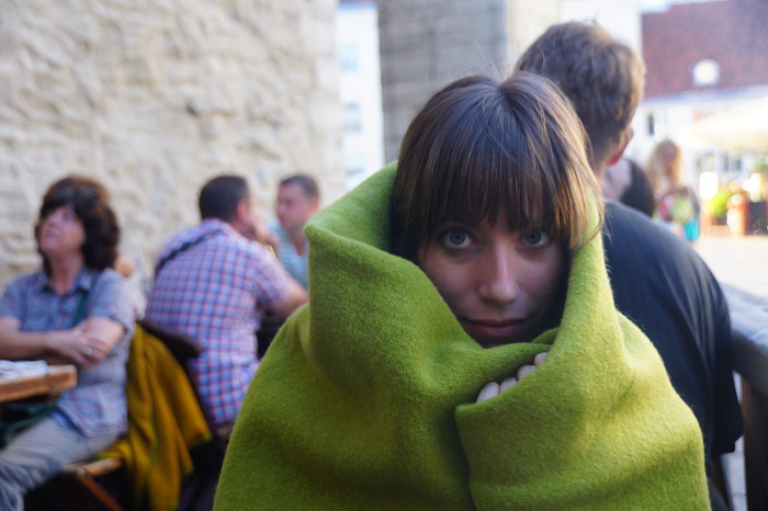 Cafes give you warm blankets if you're sitting outdoors.