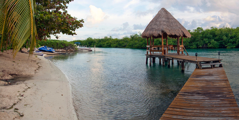 Fancy (but cheap) Airbnb place we found for our first night. Backyard private beach and gazebo on lagoon.