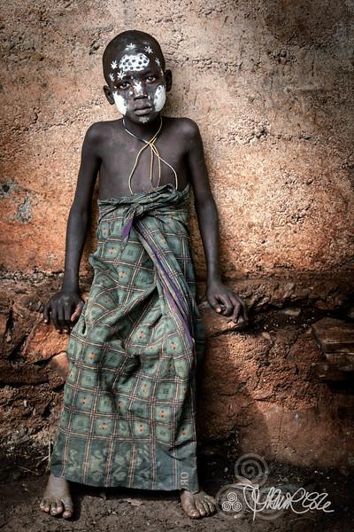 Little tribes boy of the Suri