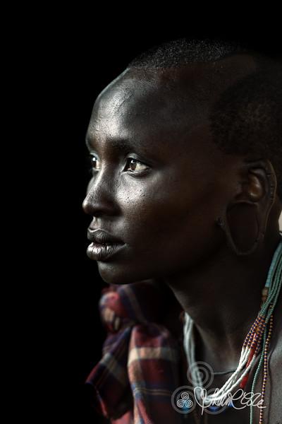 In profile - Suri woman