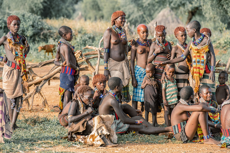 Girls of the Hamar
