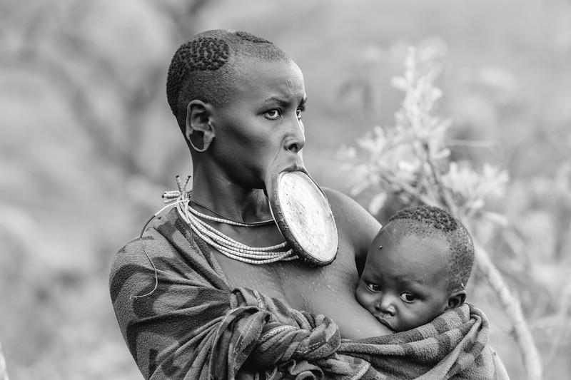 Suri mother and child, Kibbish