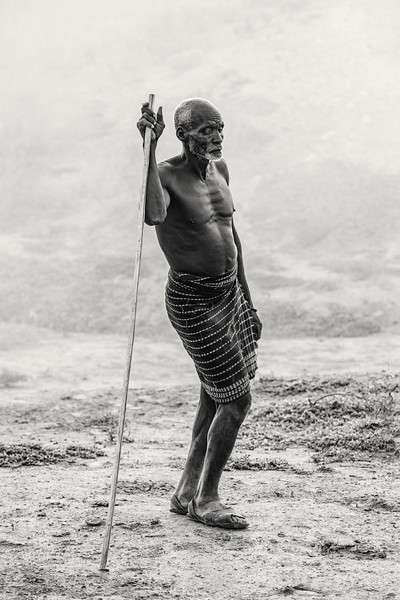 Old shepherd of the Kara tribe, Dus