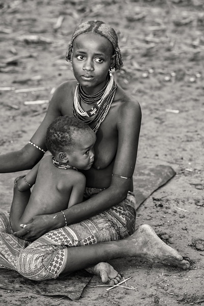 Daasanach mother and child, Omorate