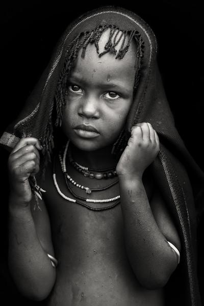 Little Arbore girl, Chew Bahir