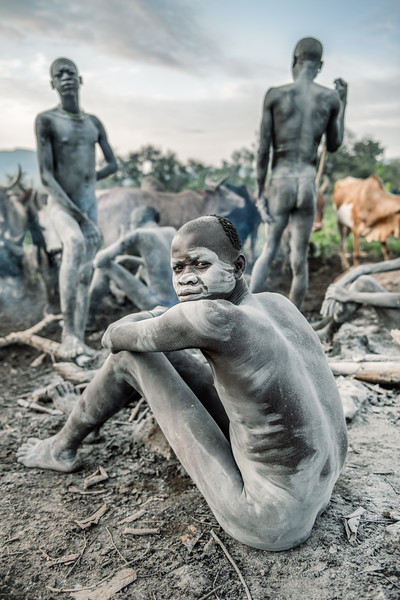 Men of the cattle camp, Surma