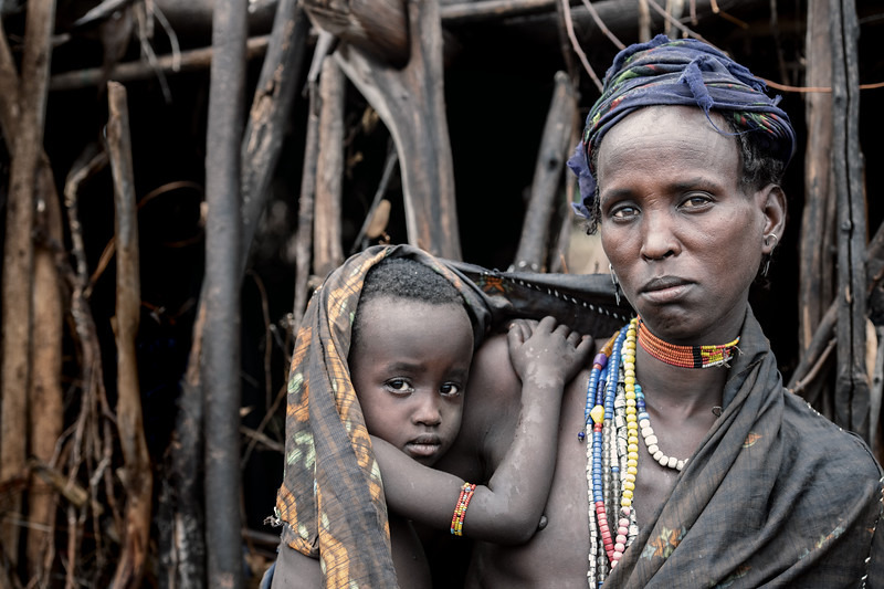 Arbore mother and child, Lake Stefanie