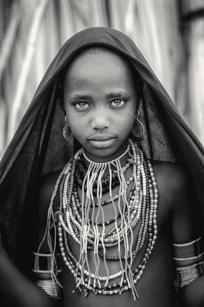 Arbore girl beauty, Lake Stefanie