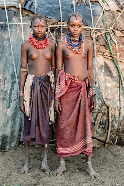 Daasanach girls