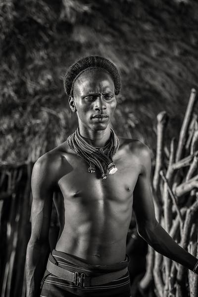Striking Hamar tribal looks