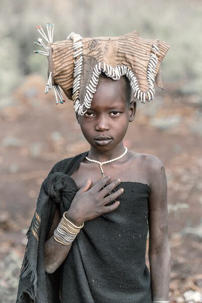 Little Mursi girl