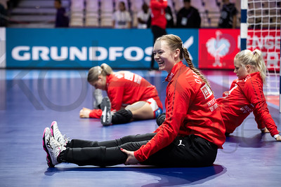 Team Denmark  - Women's EHF EURO 2018, preliminary round game -  Group A - Poland - Denmark in Hall XXL Nantes, Nantes, France 02.12.2018. Mandatory Credit © Anze Malovrh / kolektiff