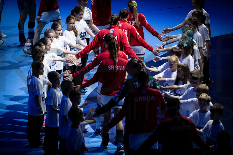 Team Serbia - Women's EHF EURO 2018, preliminary round game -  Group A - Sweden - Serbia in Hall XXL Nantes, Nantes, France 02.12.2018. Mandatory Credit © Anze Malovrh / kolektiff