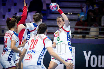 Aleksandra Vukajlovic (24), Sladana Pop - Lazic (20) and Marina Dmitrovic (99) - Women's EHF EURO 2018, preliminary round game -  Group A - Sweden - Serbia in Hall XXL Nantes, Nantes, France 02.12.2018. Mandatory Credit © Anze Malovrh / kolektiff