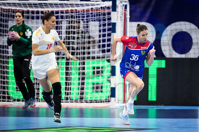 Andela Bulatovic (10) and Iuliia Managarova (36) - Women's EHF EURO 2018, preliminary round game -  Group B - Russia - Montenegro in Palais des sports Jean Weille Nancy, Nancy, France 02.12.2018. Mandatory Credit ©  Uros Hocevar / kolektiff
