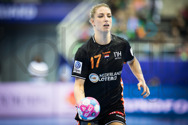 Nycke Groot (17) - Women's EHF EURO 2018, preliminary round game - Group C - Hungary - Netherlands in L'Axone, Montbeliard, France, 01.12.2018. Mandatory Credit ©  Uros Hocevar / kolektiff