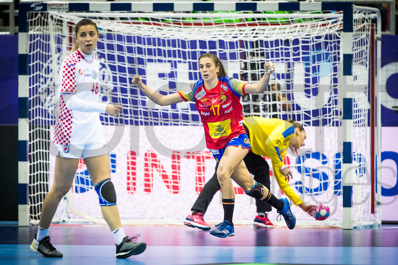 Marina Glavan (46) and Jennifer Gutierrez Bermejo (17) - Women's EHF EURO 2018, preliminary round game - Group C - Spain - Croatia in L'Axone, Montbeliard, France, 01.12.2018. Mandatory Credit ©  Uros Hocevar / kolektiff