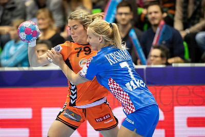 Estavana Polman (79) and Dora Krsnik (7) - Women's EHF EURO 2018, preliminary round game - Group C - Netherlands - Croatia in L'Axone, Montbeliard, France, 05.12.2018. Mandatory Credit ©  Jozo Cabraja / kolektiff