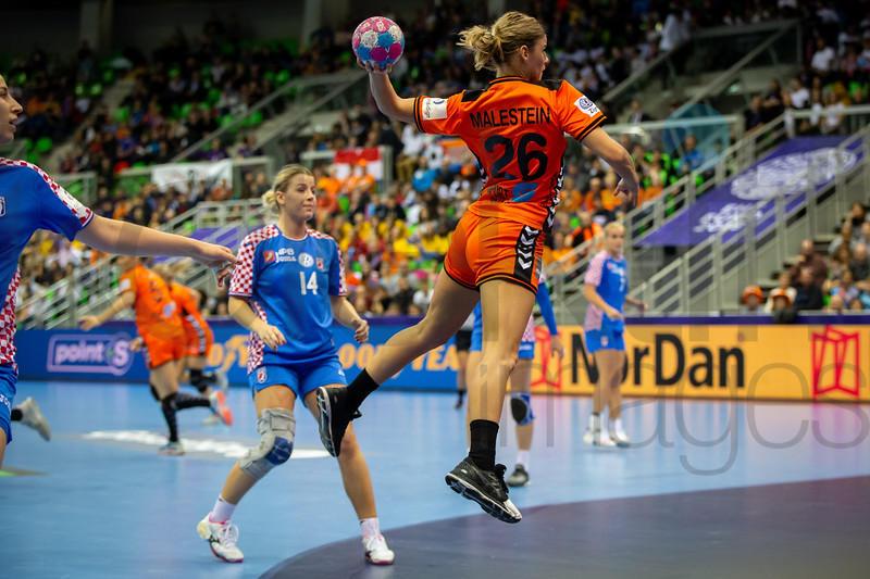 Larissa Kalaus (14) and Angela Malestein (26) - Women's EHF EURO 2018, preliminary round game - Group C - Netherlands - Croatia in L'Axone, Montbeliard, France, 05.12.2018. Mandatory Credit ©  Jozo Cabraja / kolektiff