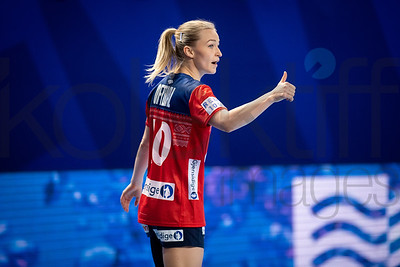 Stine Bredai Oftedal (10) - Women's EHF EURO 2018, preliminary round game -  Group D - Norway - Germany in Brest Arena, Brest, France, 01.12.2018. Mandatory Credit ©  Nebojsa Tejic