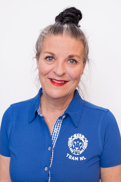Erika Scharff (CE)Visual Merchandising