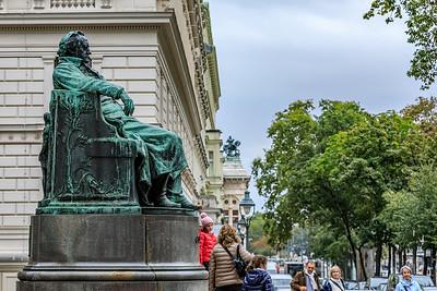 Goethe am Opernring