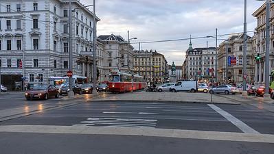 Schwarzenbergplatz und - straße