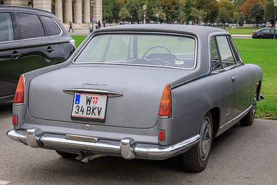 Lancia Flaminia Coupé Pininfarina, Heldenplatz, Vienna