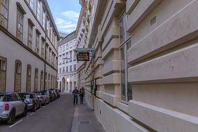 Wiener Straßenschlucht