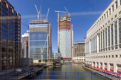 Canary Wharf, London, Middle Dock