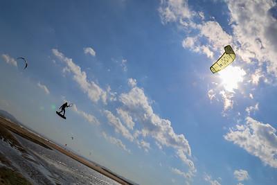 Kitesurfer am Strand von Empuriabrava