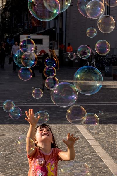 Spaziergang in Ljubliana: Seifenblasen faszinieren immer wieder