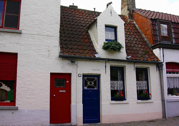 Rødt og blått i Oostmeerstraat (Foto: Ståle)
