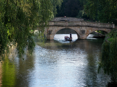 Under Clare Bridge på elven Cam (Foto: Ståle)