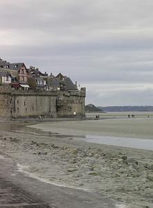 Østre bymur og lavvannssletter (Foto: Ståle)
