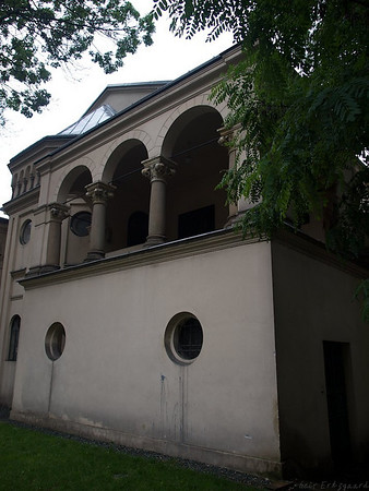 One of three synagogues in the Jewish Quarter of Kazimierz. This one is still in use, while one is changed into a cultural center. (Foto: Geir)