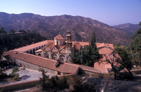 מנזר בהר.jpg