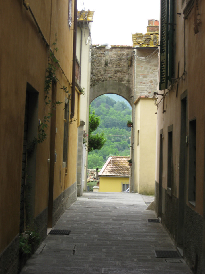 Alley in Vicchio