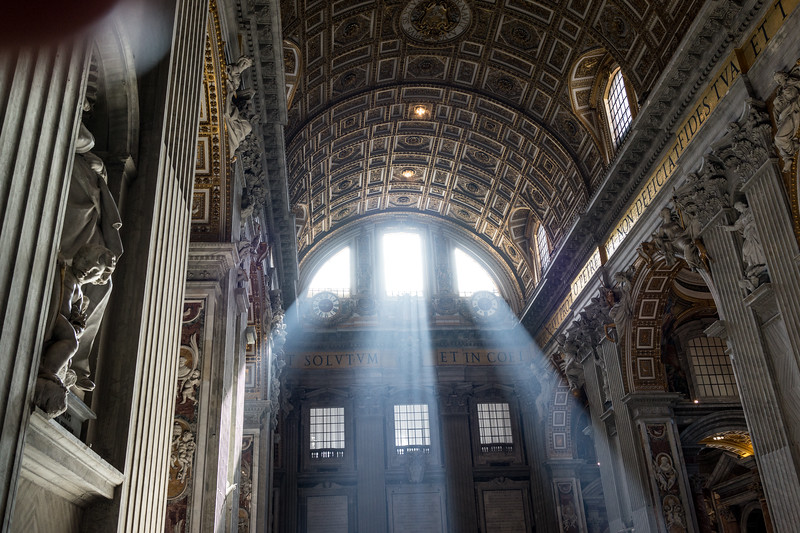 St. Peter's. The fingers of God. 1