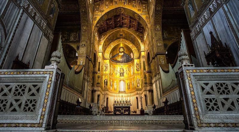 Palermo. Monreale. The organ.