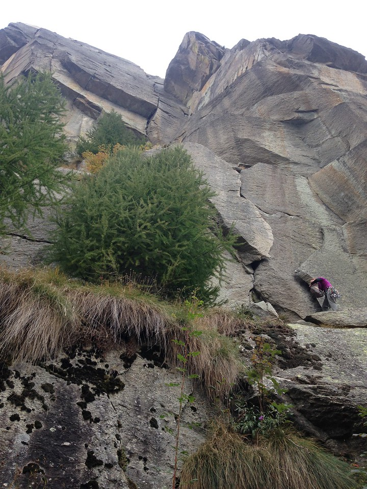 25/09/2017<br /> Day 2 and we decided to do a multi-pitch on the Sargent. Here Claire prepares for the first pitch of Nautilus (6a).