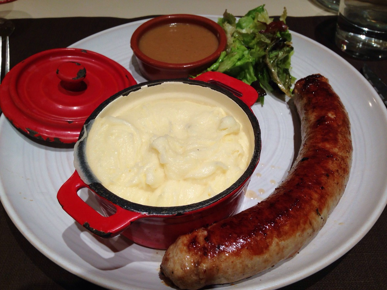 For main I had local sausage with cheesy creamy mashed potato and green pepper sauce! Yum!!