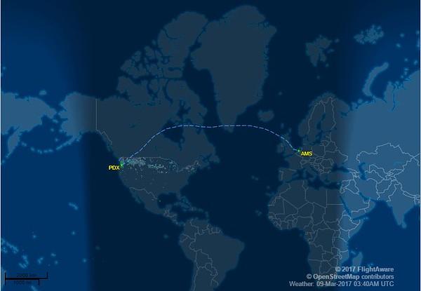 PDX AMS Flight