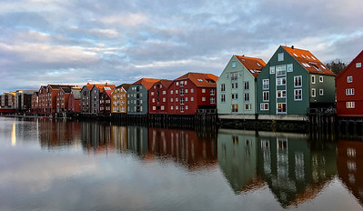 Houses along Nidelva river