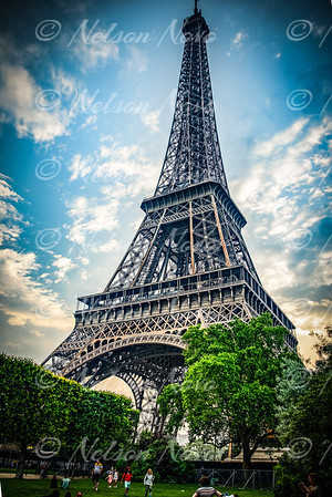 The Magestic Eiffel Tower
