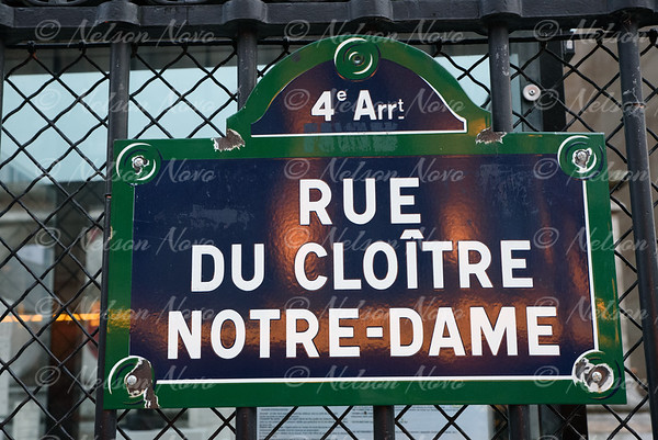 Notre Dome Sign